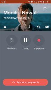 Ekran aplikacji Telefon FCN: rozmowa wychodząca